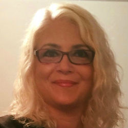 Laurie Cairone, RN